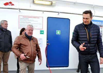 Borgmestrene Jan Pedersen Norddjurs og Claus Oman Jensen Randers klar til at klippe snoren
