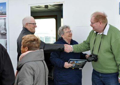 Tidligere Forpagter Niels Madsen og frue hilser på gæster